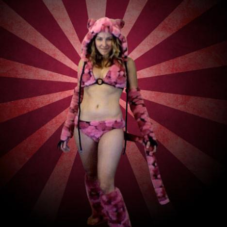 Pink_Panthress1-1